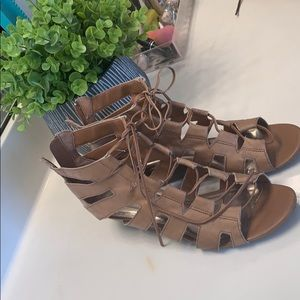 Steve Madden Tan Strappy Wedge Sandals